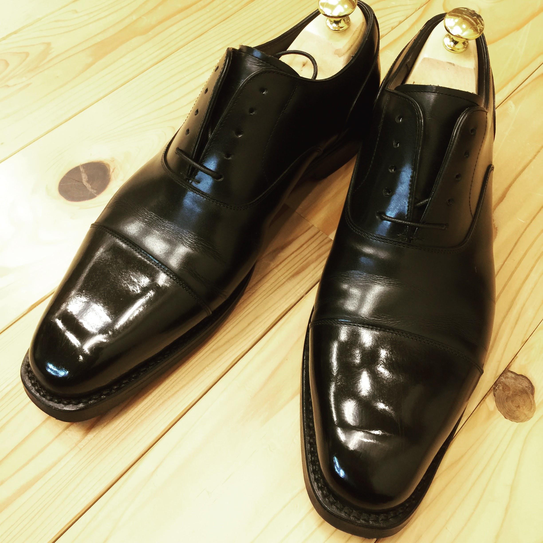 きつい靴の幅広げと靴磨き